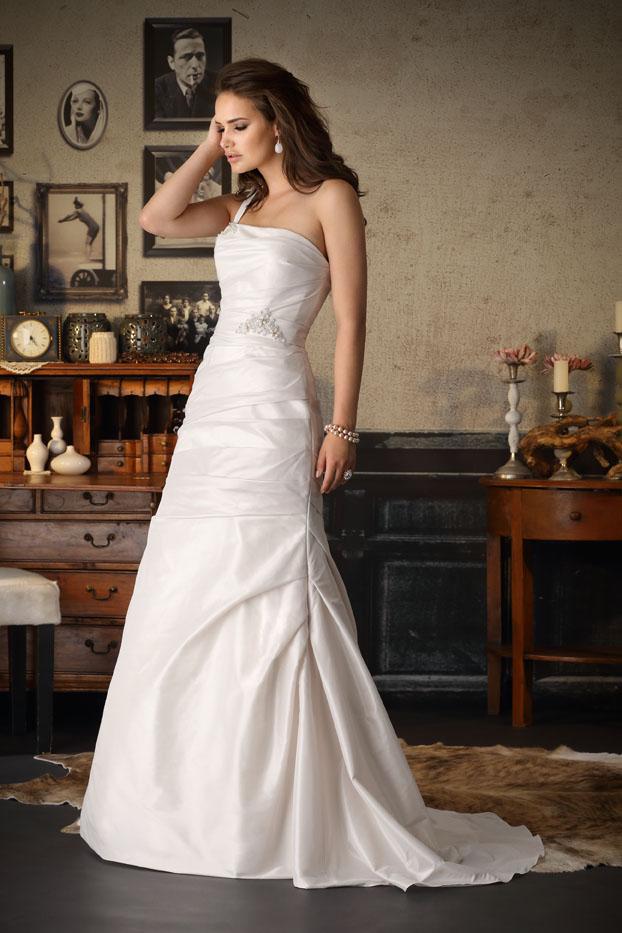 Ihr Brautmodengeschäft, wenn es um Hochzeitskleider, Brautkleider ...