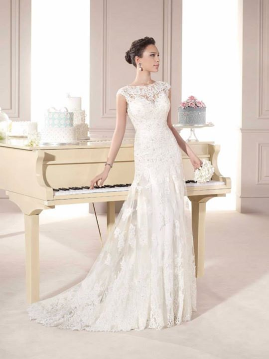fara sposa hochzeitskleider brautkleid hochzeitskleid brautkleider accessoires stuttgart ulm. Black Bedroom Furniture Sets. Home Design Ideas