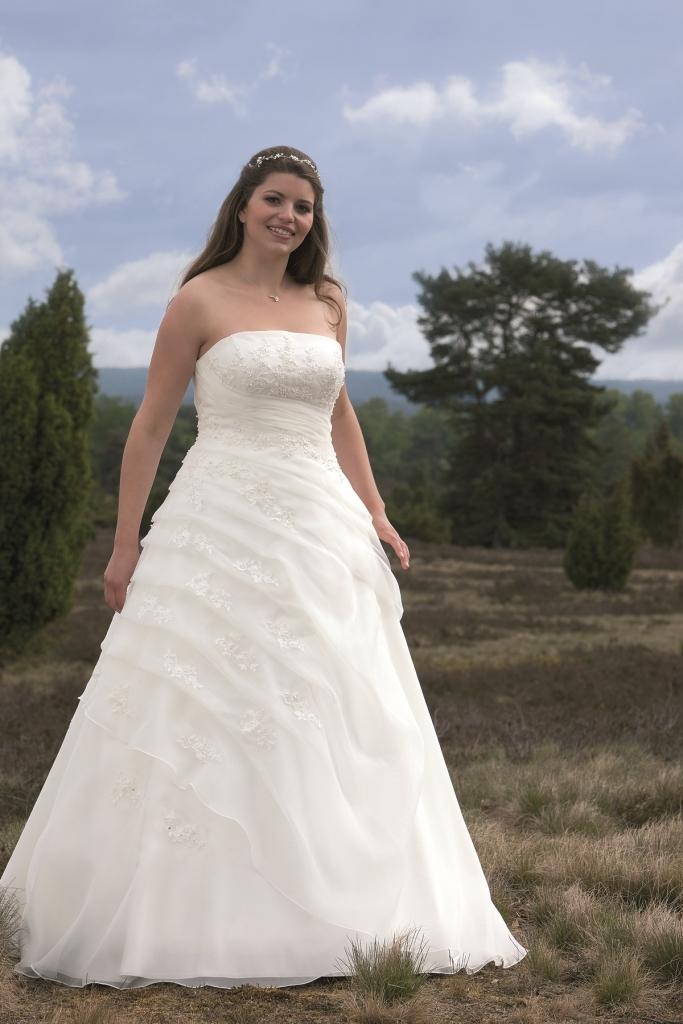 Lohrengel Alexa Brautmoden Brautkleider Hochzeitskleider ...