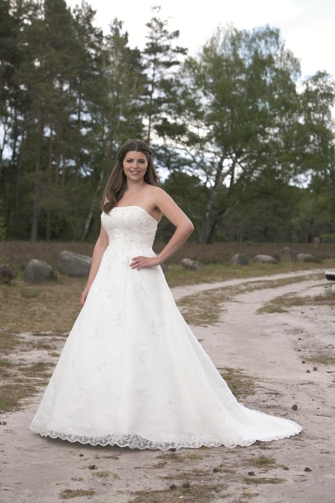 Lohrengel Alexa Brautmoden Brautkleider Hochzeitskleider