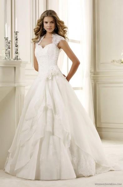... Bei Alexa Brautmoden Hochzeitskleider Stuttgart  Rachael Edwards