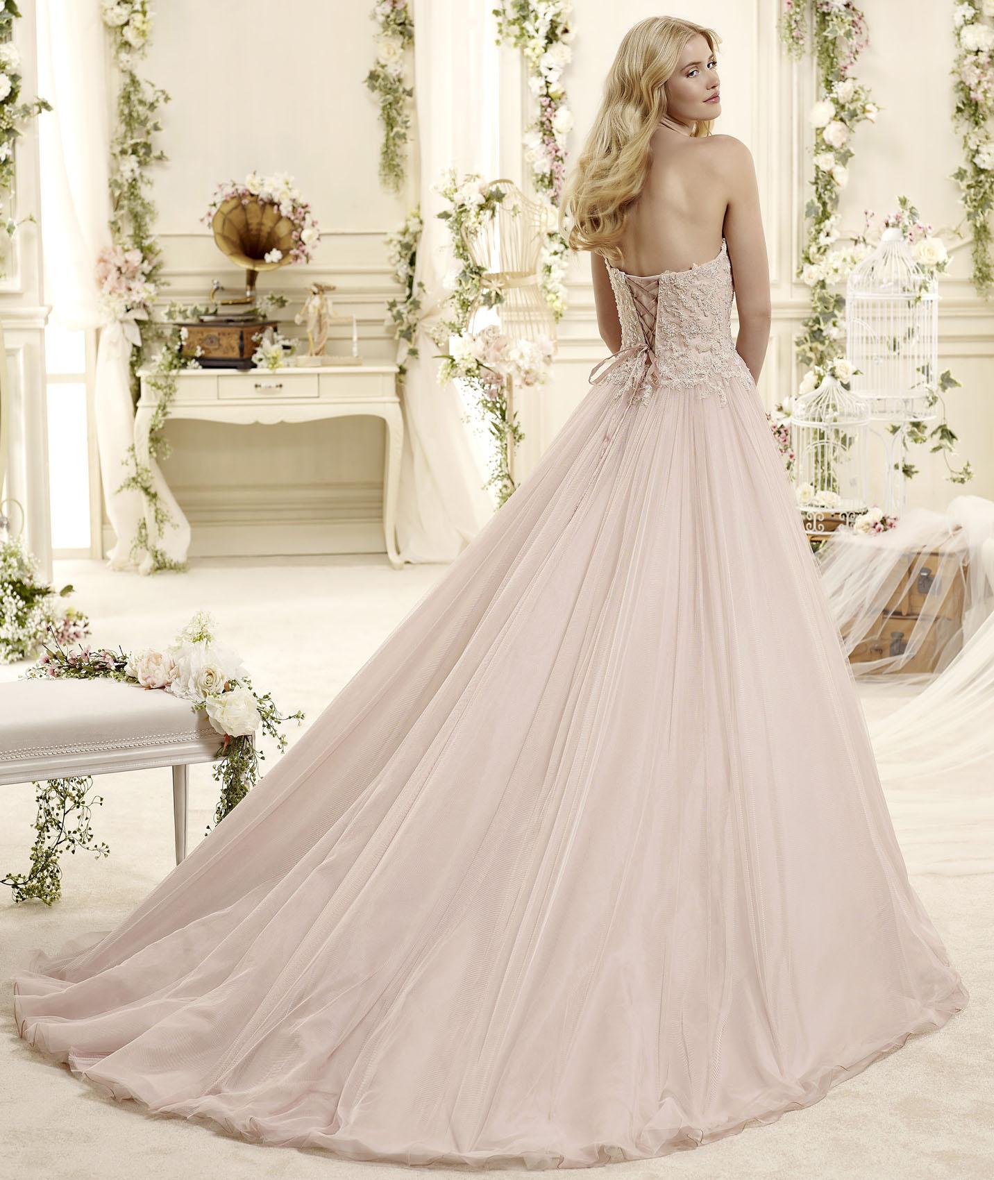 nicole spose italienische hochzeitskleider hochzeitskleid hochzeitskleider brautkleid. Black Bedroom Furniture Sets. Home Design Ideas