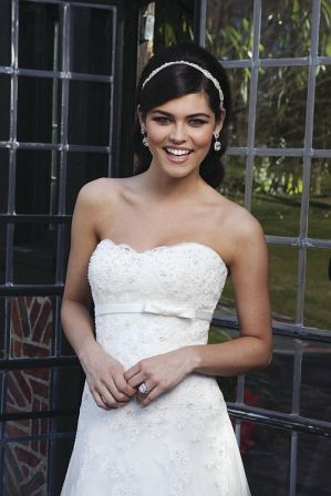 Verspieltes und denoch elegantes Hochzeitskleid