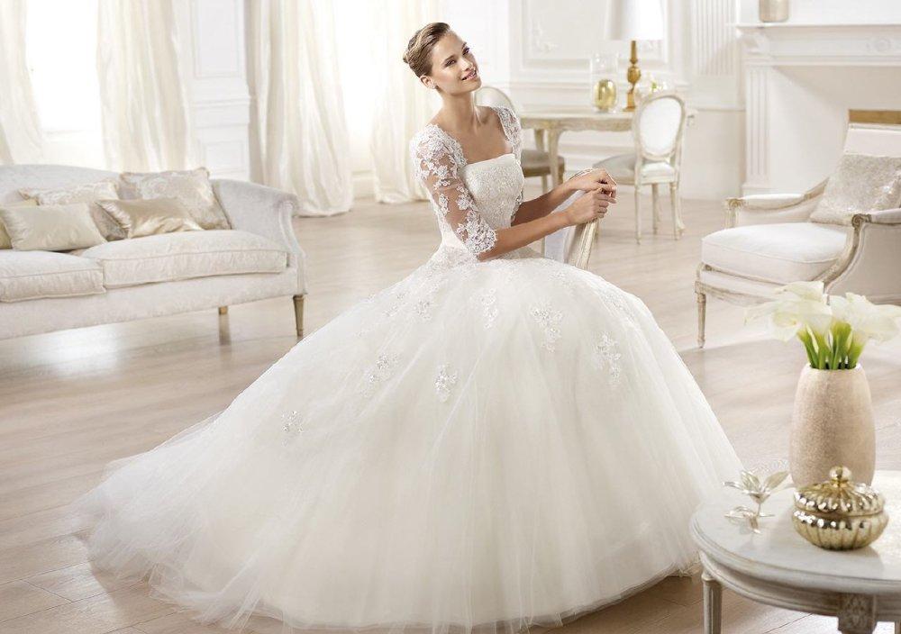Willkommen bei Alexa Brautmoden bei Stuttgart, Hochzeitskleider und ...