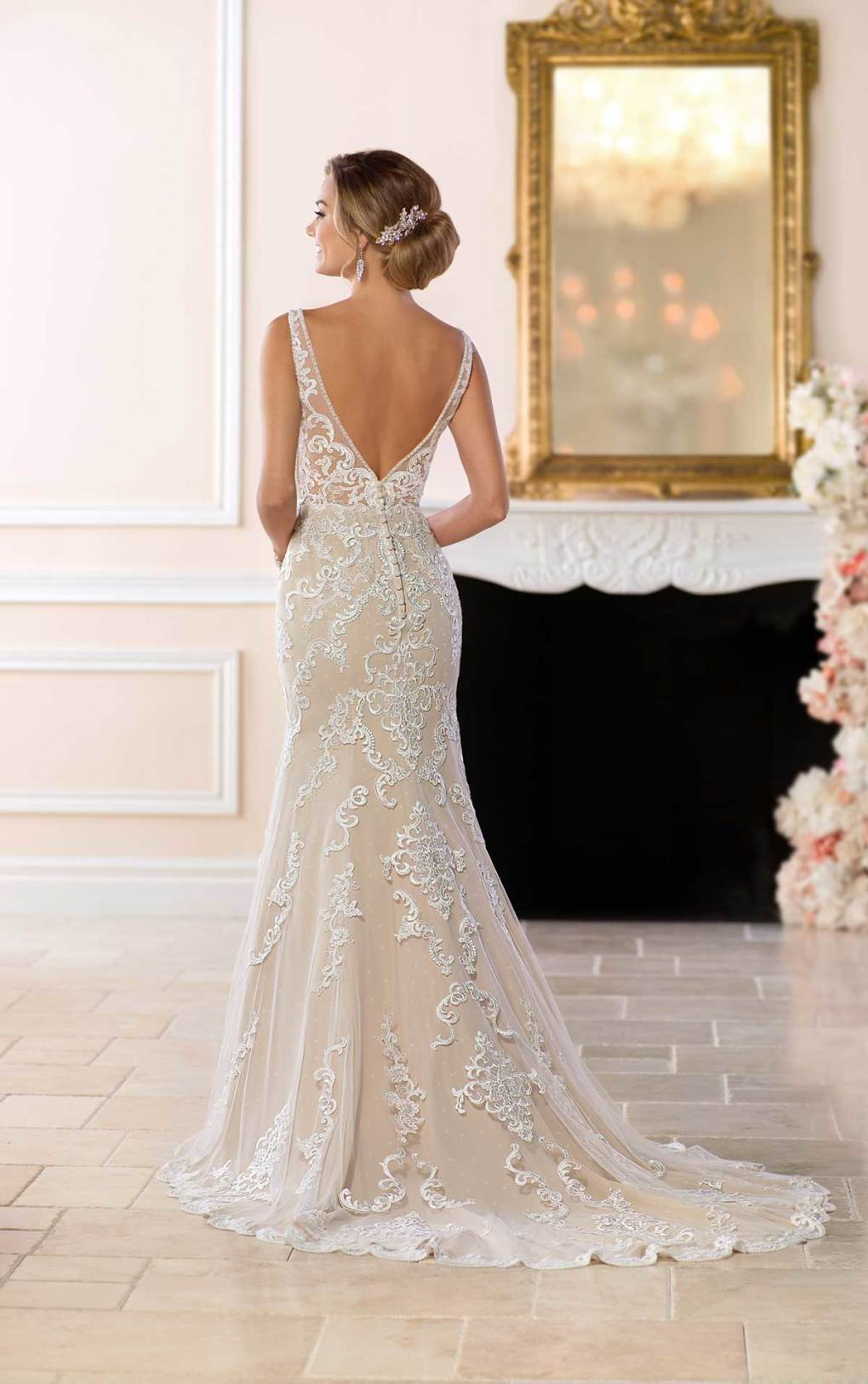Noch nie war fit-and-flare so sexy! Von Brautkleid-Designerin Stella York